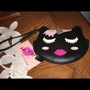 NWT- BETSEY JOHNSON BLACK UNICORN COIN WRISTLET 🦄